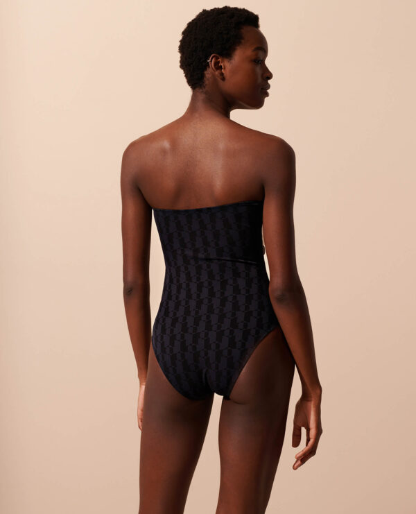 Sophie Deloudi Leoni Ebony&Ivory 2021
